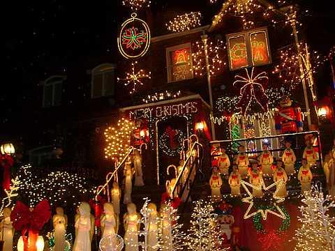 Christmas-Dyker-Heights-Brooklyn